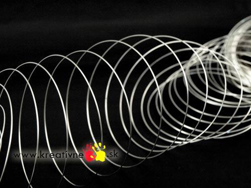 Pamäťový drôt 10 smyčiek náramok